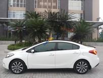 Cần bán gấp Kia K3 1.6MT năm sản xuất 2015, màu trắng còn mới