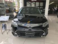 Bán Toyota Camry 2.0E sản xuất năm 2019, màu đen