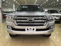 Bán Toyota Land Cruiser 5.7V8 USA 2019, màu bạc, xe nhập Mỹ