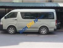 Bán Toyota Hiace sản xuất năm 2011 chính chủ, giá 382tr