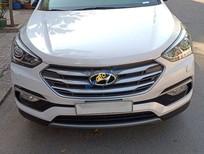 Bán Hyundai Santa Fe năm sản xuất 2018, xe đi khoảng 17000km
