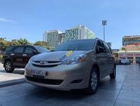 Cần bán lại xe Toyota Sienna LE 3.5 sản xuất 2008, màu vàng, xe nhập, giá chỉ 699 triệu