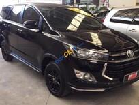 Bán ô tô Toyota Innova Venturer sản xuất 2018, màu đen, giá 870tr