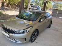 Cần bán gấp Kia Cerato 2.0AT sản xuất 2017, màu vàng, nhập khẩu chính chủ
