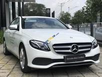 Bán xe Mercedes E250 năm sản xuất 2018, màu trắng như mới