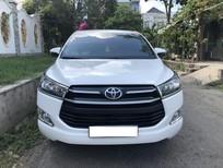 Cần bán lại xe Toyota Innova AT 2018, màu trắng