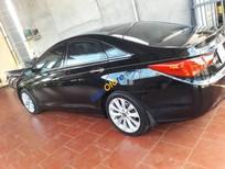 Cần bán gấp Hyundai Sonata năm 2011, màu đen