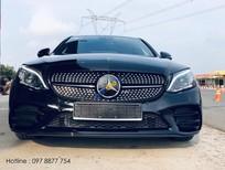 Bán ô tô Mercedes C300 AMG sản xuất 2019, màu đen