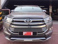 Bán xe Toyota Innova V 2016, màu đồng