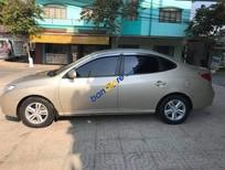 Cần bán xe Hyundai Elantra sản xuất năm 2010, nhập khẩu xe gia đình