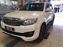 Bán xe Toyota Fortuner TRD 2014, màu trắng