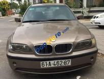 Cần bán gấp BMW i3 318i sản xuất năm 2005, màu vàng