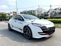 Cần bán Renault Megane năm sản xuất 2013, màu trắng, nhập khẩu số sàn, giá tốt