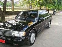 Bán Toyota Crown Royal Salon 3.0 MT năm sản xuất 1995, màu đen, xe nhập
