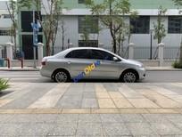 Cần bán lại xe Toyota Vios 1.5 MT sản xuất 2010, màu bạc