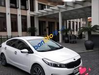 Cần bán gấp Kia Cerato sản xuất năm 2018, màu trắng, giá tốt