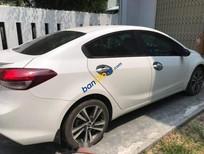 Bán xe cũ Kia Cerato sản xuất năm 2018, màu trắng