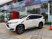 Cần bán Mitsubishi Pajero Sport sản xuất năm 2019, màu trắng, nhập khẩu