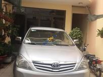 Cần bán lại xe Toyota Innova G năm sản xuất 2010, màu bạc còn mới