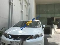 Cần bán xe Honda Civic AT sản xuất 2016, màu trắng, giá 649tr