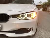 Cần bán gấp BMW 3 Series 320i model 2015, màu trắng, nhập khẩu