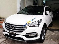 Cần bán xe Hyundai Santa Fe sản xuất năm 2017, màu trắng