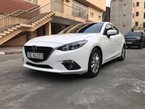 Bán xe Mazda 3 Sedan trắng 2017, xe chính chủ còn mới cứng