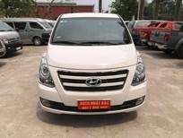 Bán xe 9 chỗ, đời 2016, loại xe Hyundai máy dầu, số sàn, được nhập khẩu nguyên chiếc từ Hàn Quốc