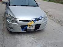 Cần bán xe Hyundai i30 CW năm sản xuất 2009, màu bạc, nhập khẩu nguyên chiếc