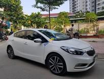 Cần bán xe Kia K3 2.0AT sản xuất năm 2016, màu trắng chính chủ, giá tốt