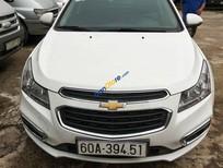 Cần bán gấp Chevrolet Cruze LT 1.6MT năm 2017, màu trắng