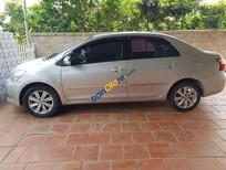 Cần bán gấp Toyota Vios Limo sản xuất năm 2010, màu bạc