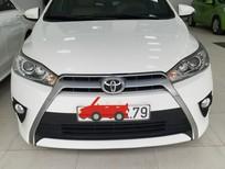Cần bán gấp Toyota Yaris 2015, màu trắng, nhập khẩu