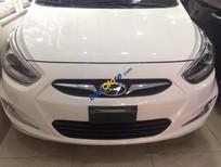 Cần bán xe Hyundai Accent sản xuất năm 2013, màu trắng, nhập khẩu