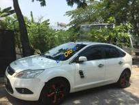 Cần bán xe Ford Focus 1.8AT sản xuất 2011, màu trắng, nhập khẩu
