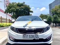 Cần bán xe cũ Kia K5 năm sản xuất 2012, màu trắng