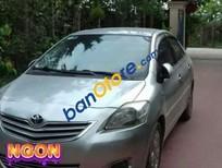Bán Toyota Vios E 2009, màu bạc xe gia đình, giá 272tr