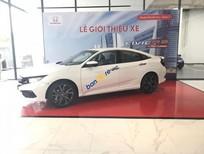 Bán xe Honda Civic RS sản xuất năm 2019, màu trắng, nhập khẩu nguyên chiếc