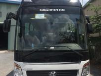 Bán xe khách 47 chỗ Hyundai Universe 2019, màu trắng, giao ngay
