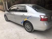 Bán Toyota Vios E sản xuất 2013, màu bạc xe gia đình