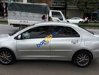 Cần bán Toyota Vios E năm sản xuất 2013, màu bạc