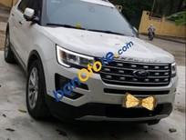 Cần bán gấp Ford Explorer sản xuất 2016, màu trắng, nhập khẩu