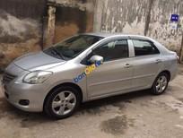 Cần bán lại xe cũ Toyota Vios sản xuất 2010, màu bạc