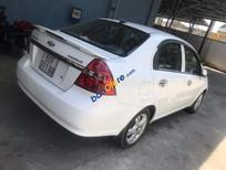 Bán xe Chevrolet Aveo sản xuất năm 2015, màu trắng, xe nhập