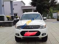 Cần bán Ford Everest năm sản xuất 2015, màu trắng chính chủ