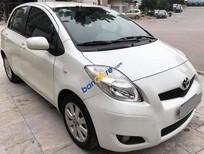 Bán xe Toyota Yaris đời 2010, màu trắng