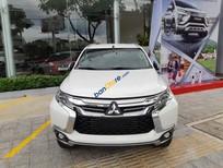 Bán ô tô Mitsubishi Pajero Sport sản xuất 2019, màu trắng, nhập từ Thái