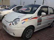 Cần bán xe Daewoo Matiz sản xuất 2004, màu trắng