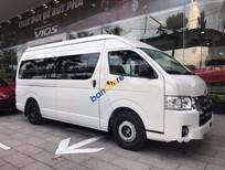 Bán xe Toyota Hiace sản xuất năm 2019, màu trắng, nhập khẩu, giá chỉ 840 triệu
