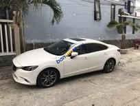 Cần bán Mazda 6 2.0 Premium năm sản xuất 2017, màu trắng, giá chỉ 755 triệu